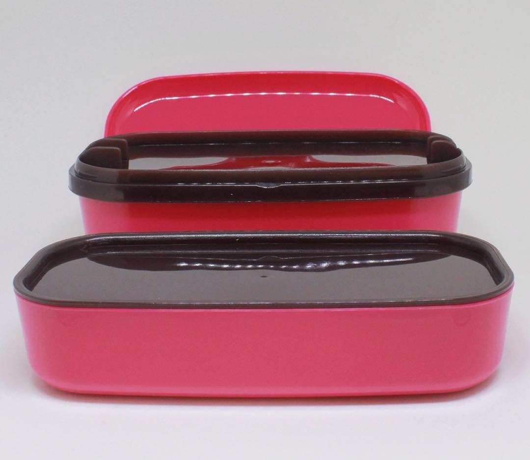 Marmita Bento Box Com 2 Compartimentos Diferentes Pra Comida E 1 Para Guardar Os Talheres E Tem Em Outras 2 Cores Pra Voce Escolher Curtiu Instagram Posts Instagram Sunglasses Case