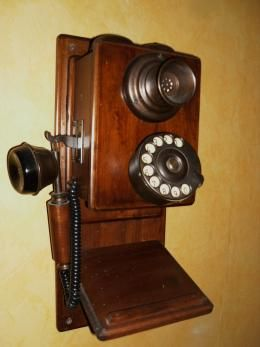telephone ancien mural collection