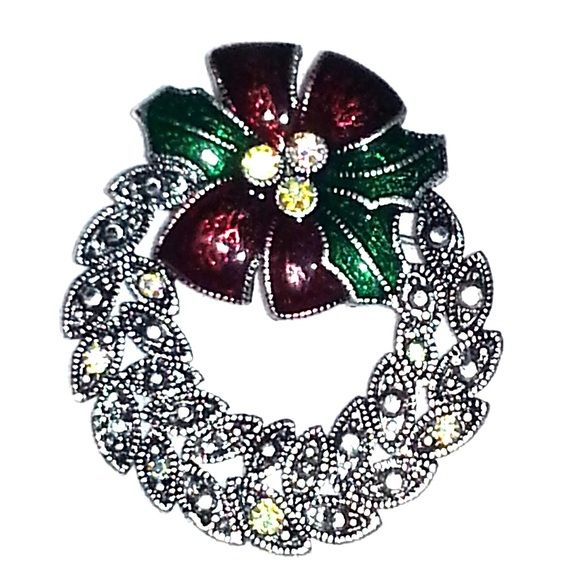 Christmas Wreath Pin Standard size Christmas Wreath Pin / Brooch Jewelry Brooches