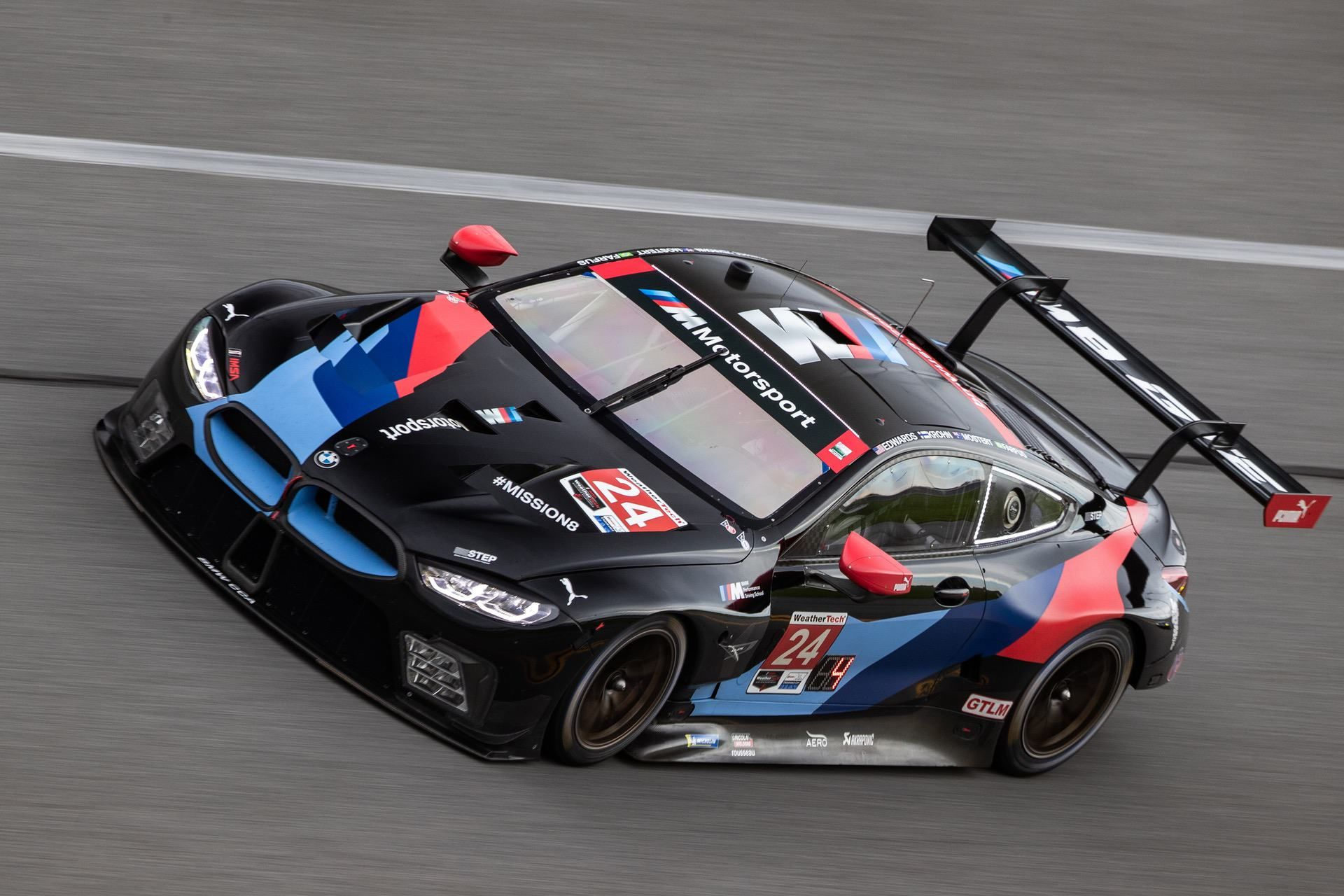 Bmw M8 Gte Wins The 2020 Daytona 24 Hours Ahead Of The Porsche In