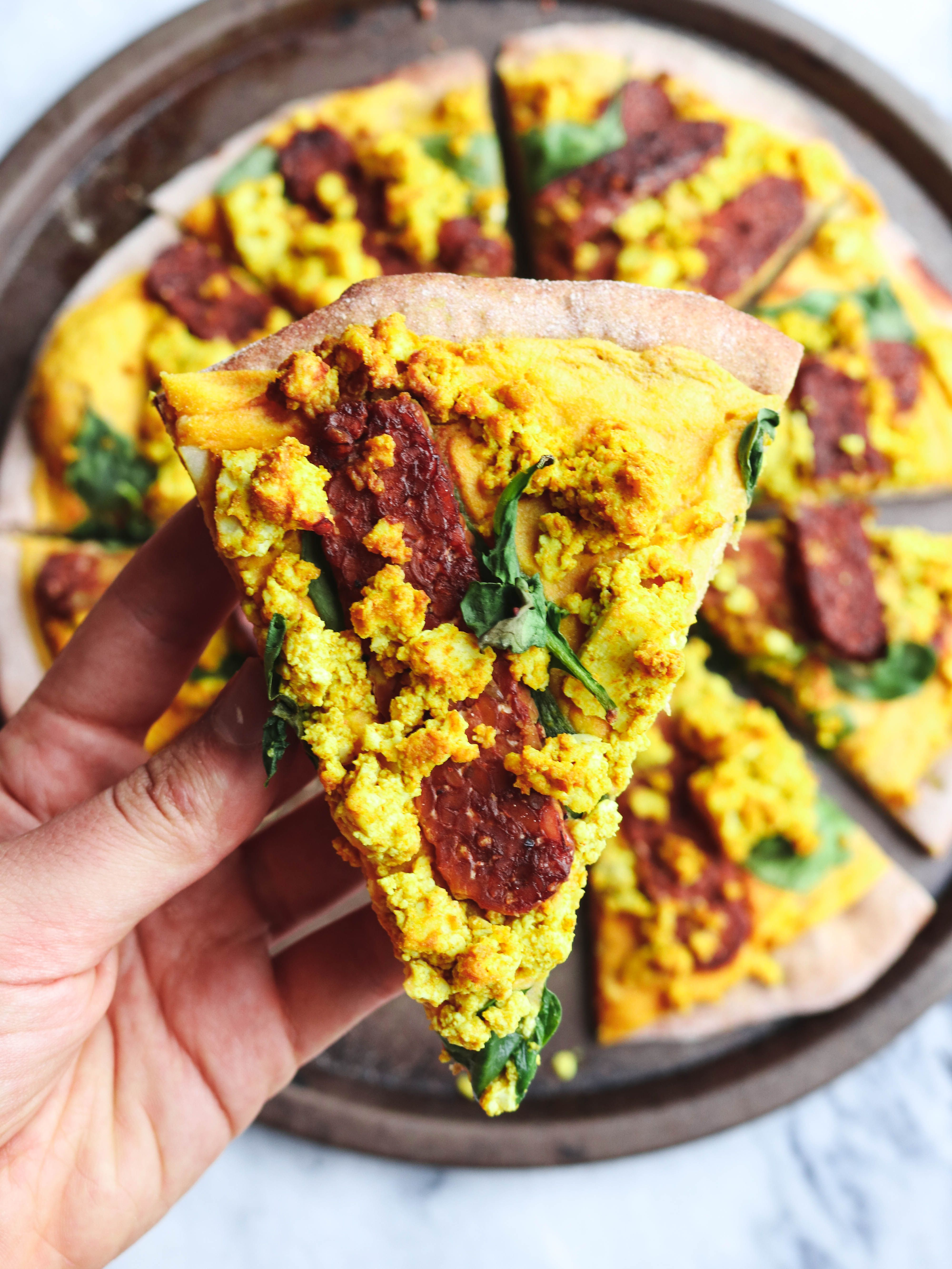 Cheezy Vegan Breakfast Pizza With Smoky Tempeh Bacon From My Bowl Recipe Vegan Breakfast Pizza Breakfast Pizza Tempeh Bacon