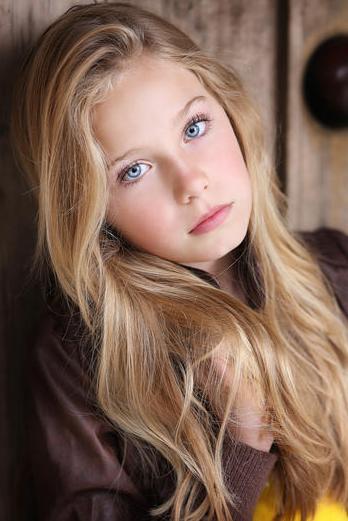 Adorable girl foto 89