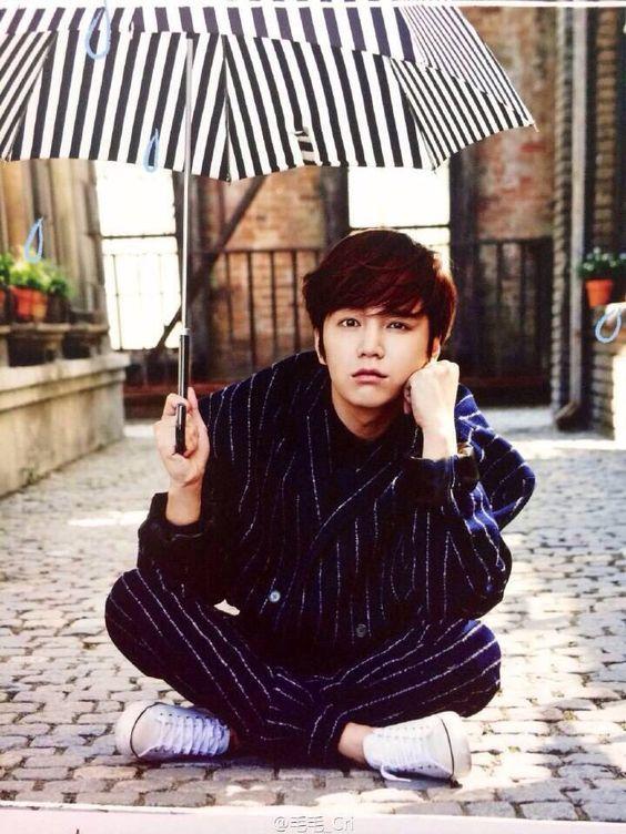 Idea by Hülya on Umbrella | Korean actors, Jang keun suk ...