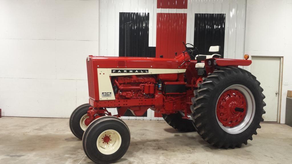 20150102_204033_zpswqyferbs.jpg Tractors, Farmall