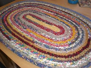 Oval Rag Rug Tutorial Single Crochet Worked In 1 5 Wide Fabric Strips With S Hook 2 X 3 36 Length 24 Width 12 Starting Chain