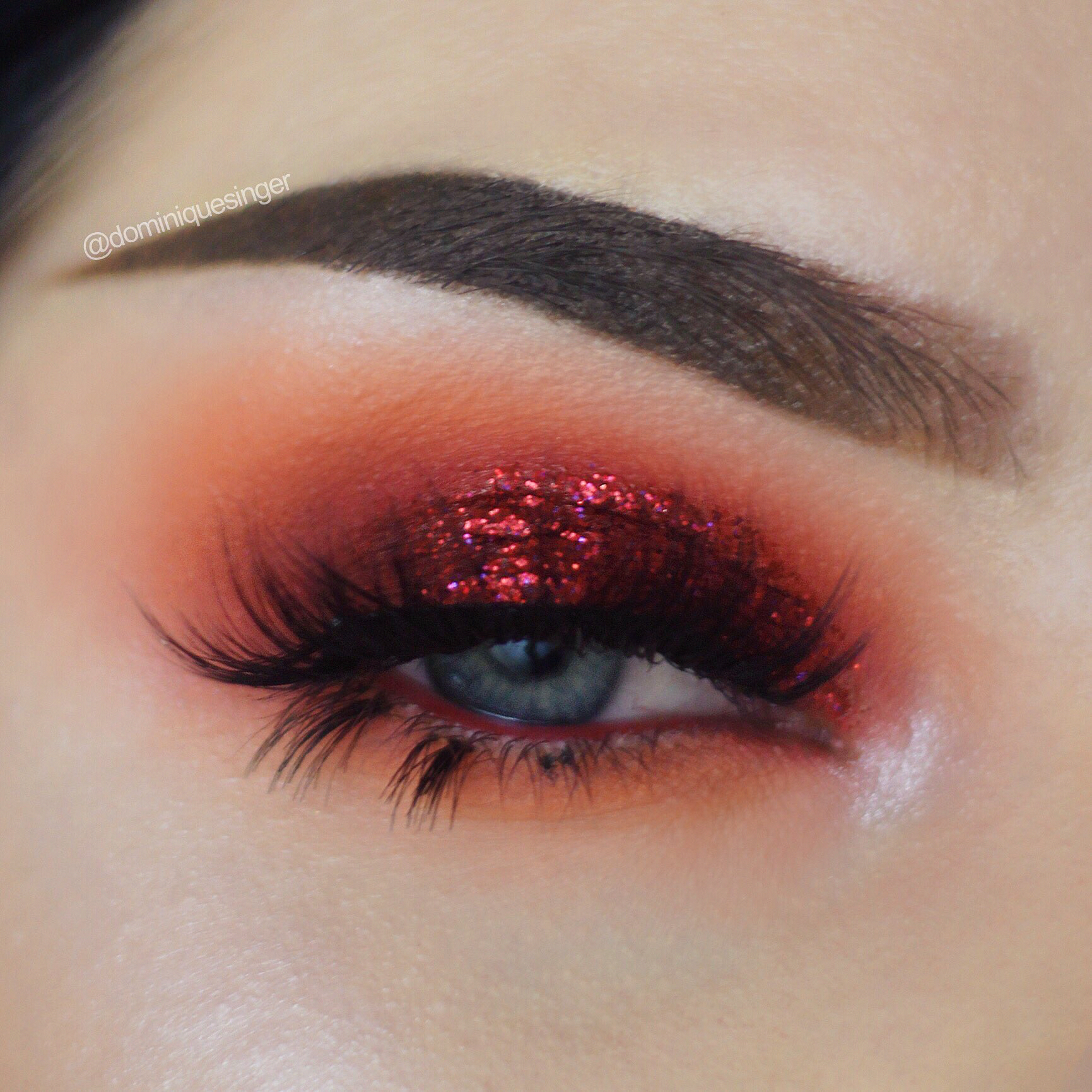 Red glitter eye makeup #cranberryeyemakeup Red glitter eye ...