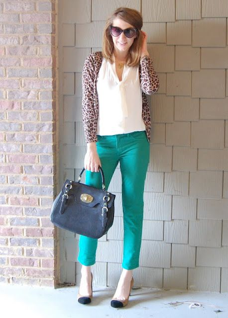 Finding some great ideas for my green pants on this blog