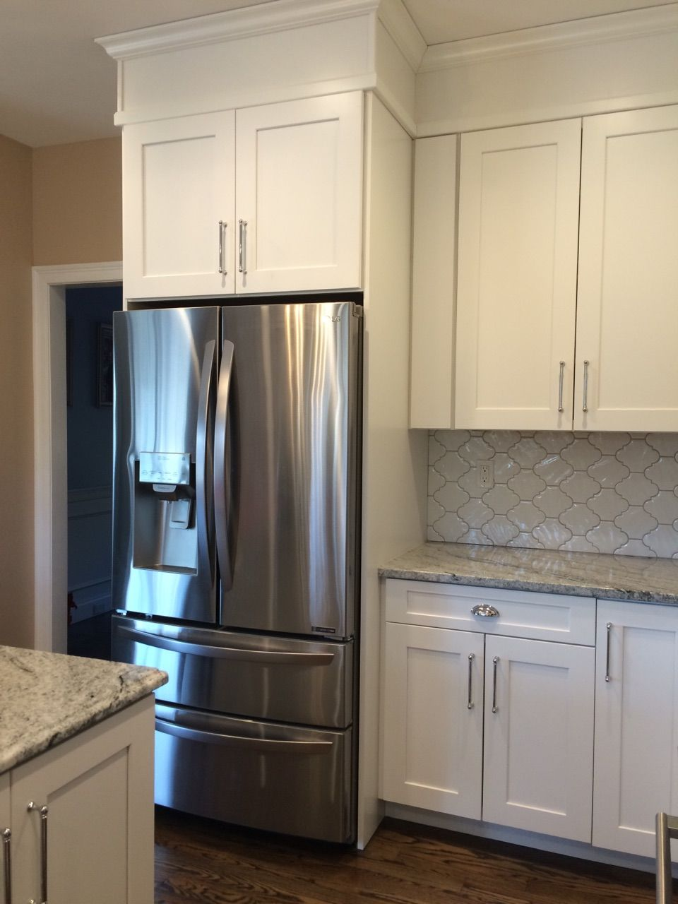 Waypoint 650f Painted Linen Cabinets Kitchen Cabinets To Ceiling Kitchen Renovation Home Kitchens