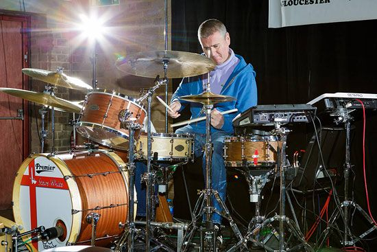 Steve White Drummer For Paul Weller Steve White Drummer Drums