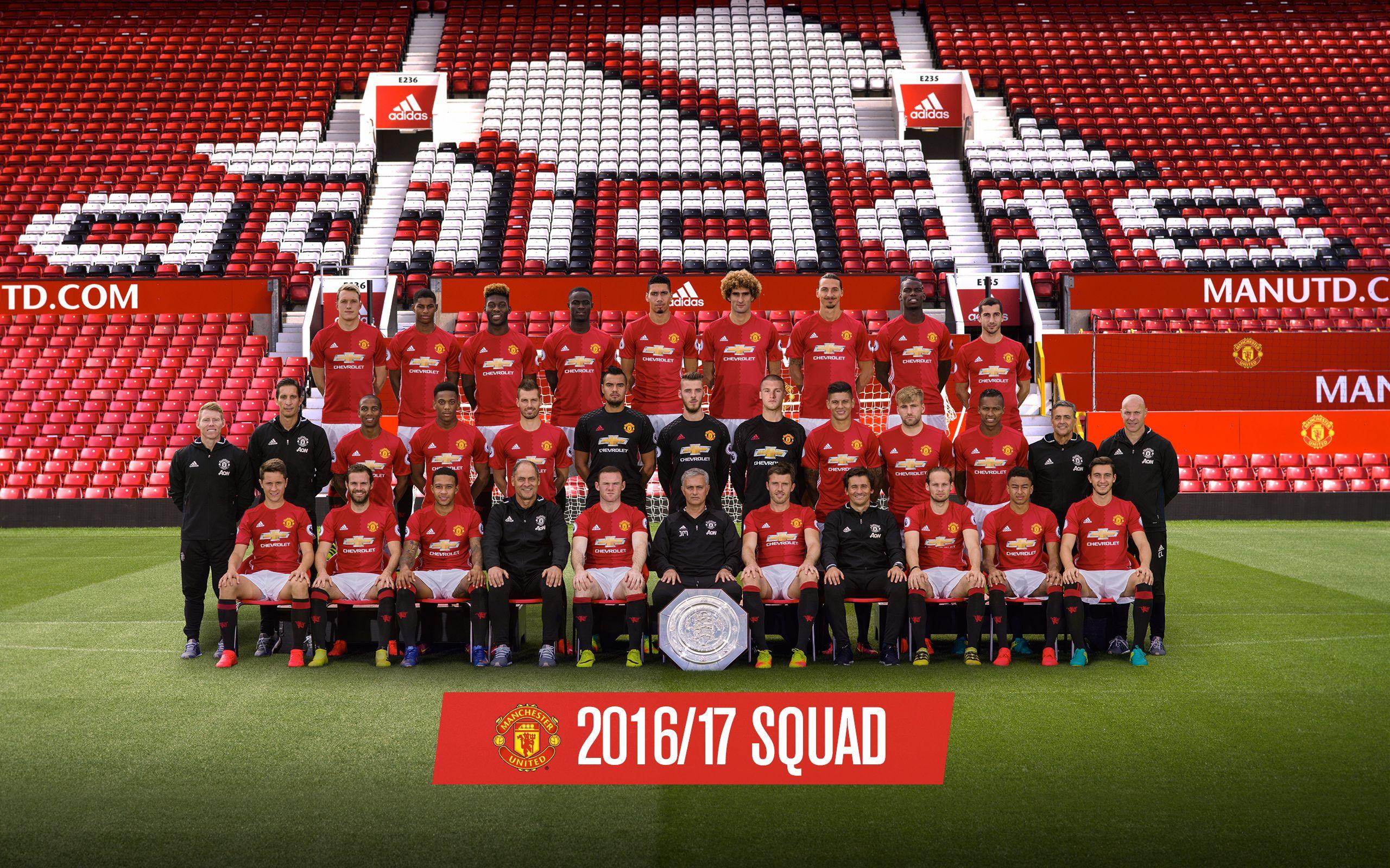 Pin Di Manchester United Squad