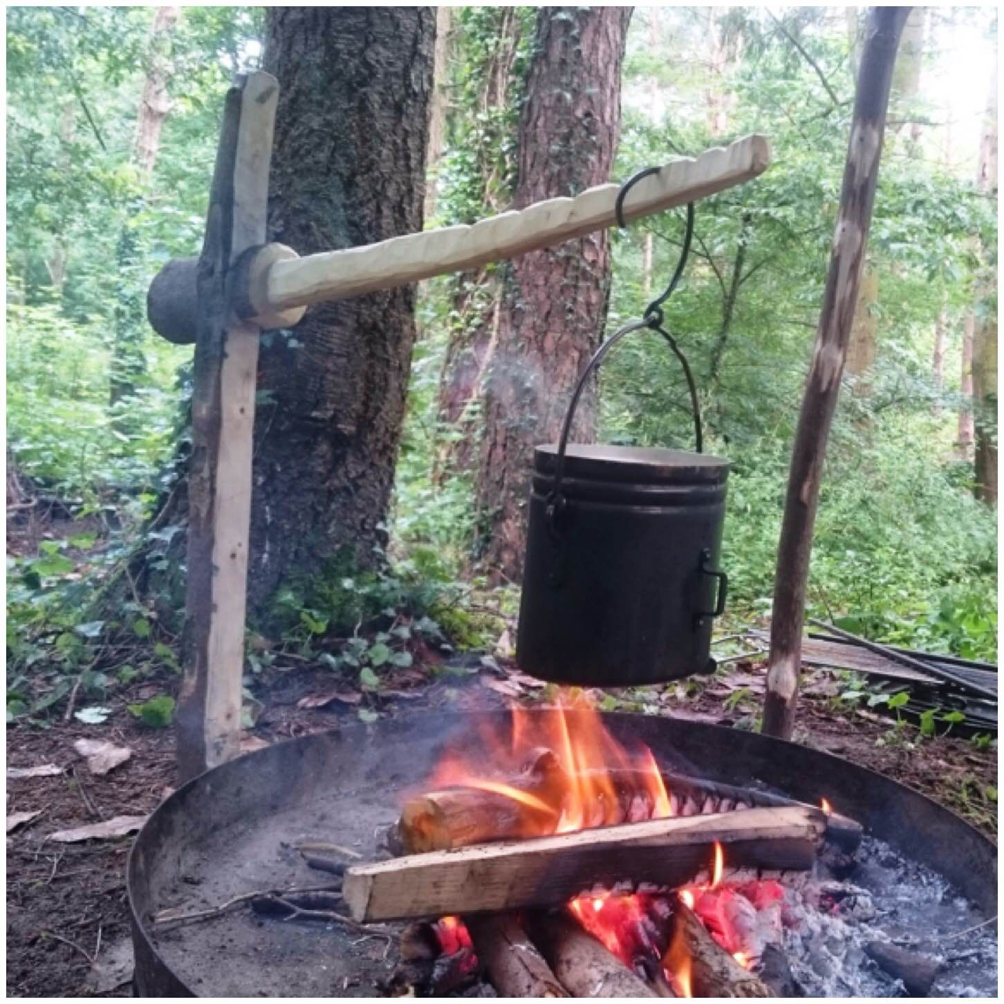 How To…. Carve a Lap Joint Campfire Crane
