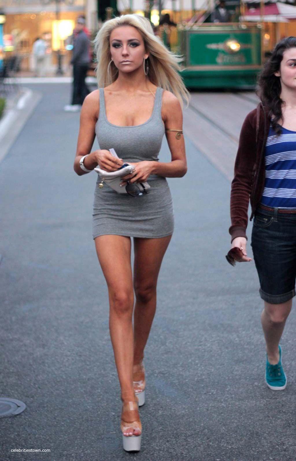 mini skirts - Google Search | Ladies on the street | Pinterest ...