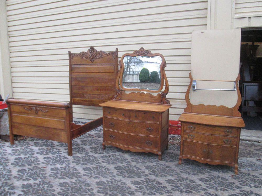 Best Antique Oak Bedroom Set Bed Dresser W Mirror 400 x 300