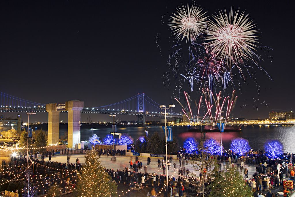 21 Places For New Year S Eve Fun With Kids In Philadelphia Mommy Poppins Things To Do With Kids New Years Eve Fireworks Fireworks Visit Philadelphia