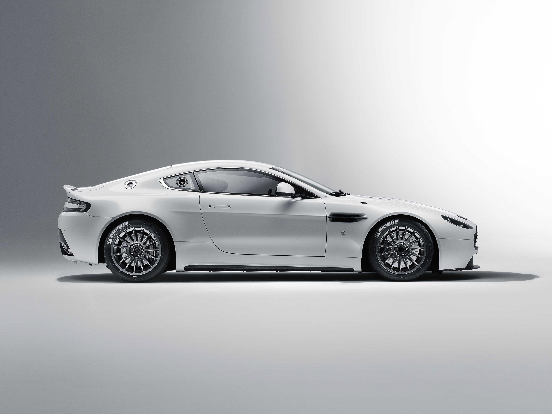 Another Album Of Fast Cars Album On Imgur Aston Martin Vantage Aston Martin Aston Martin Cars
