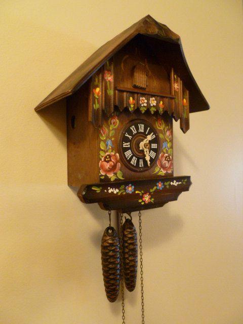 Vintage Hubert Herr Chalet Cuckoo Clock