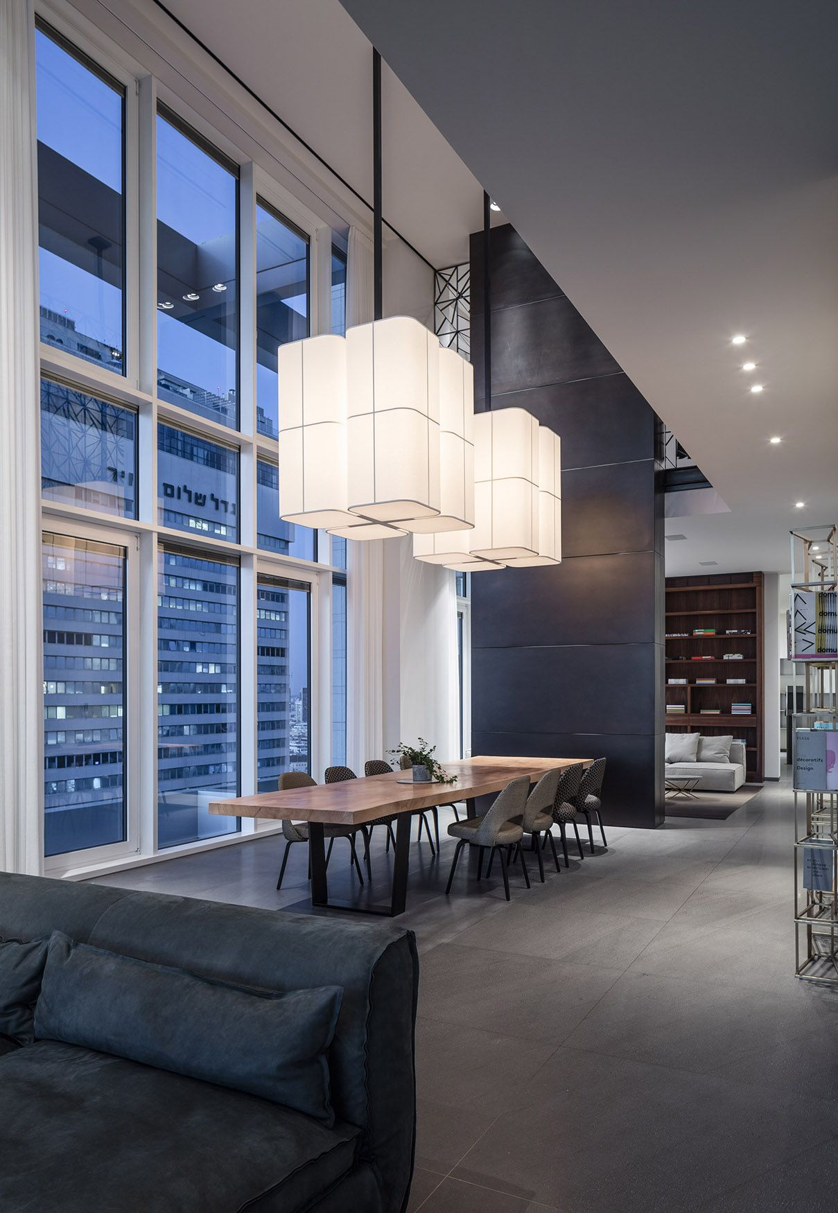 An apartment in tlv  Lighting designer Orly Avron Alkabes  Architecture Pitsou Kedem & An apartment in tlv  Lighting designer: Orly Avron Alkabes ... azcodes.com