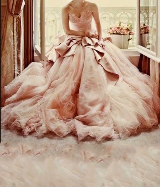 Excéntrica Zona Alterna: ¡Dale un giro diferente al típico vestido ...