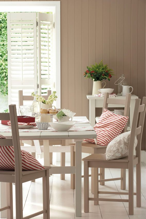 Walls Silt 40 Dining Chairs Intelligent Eggshell Table And Kitchen Trolley