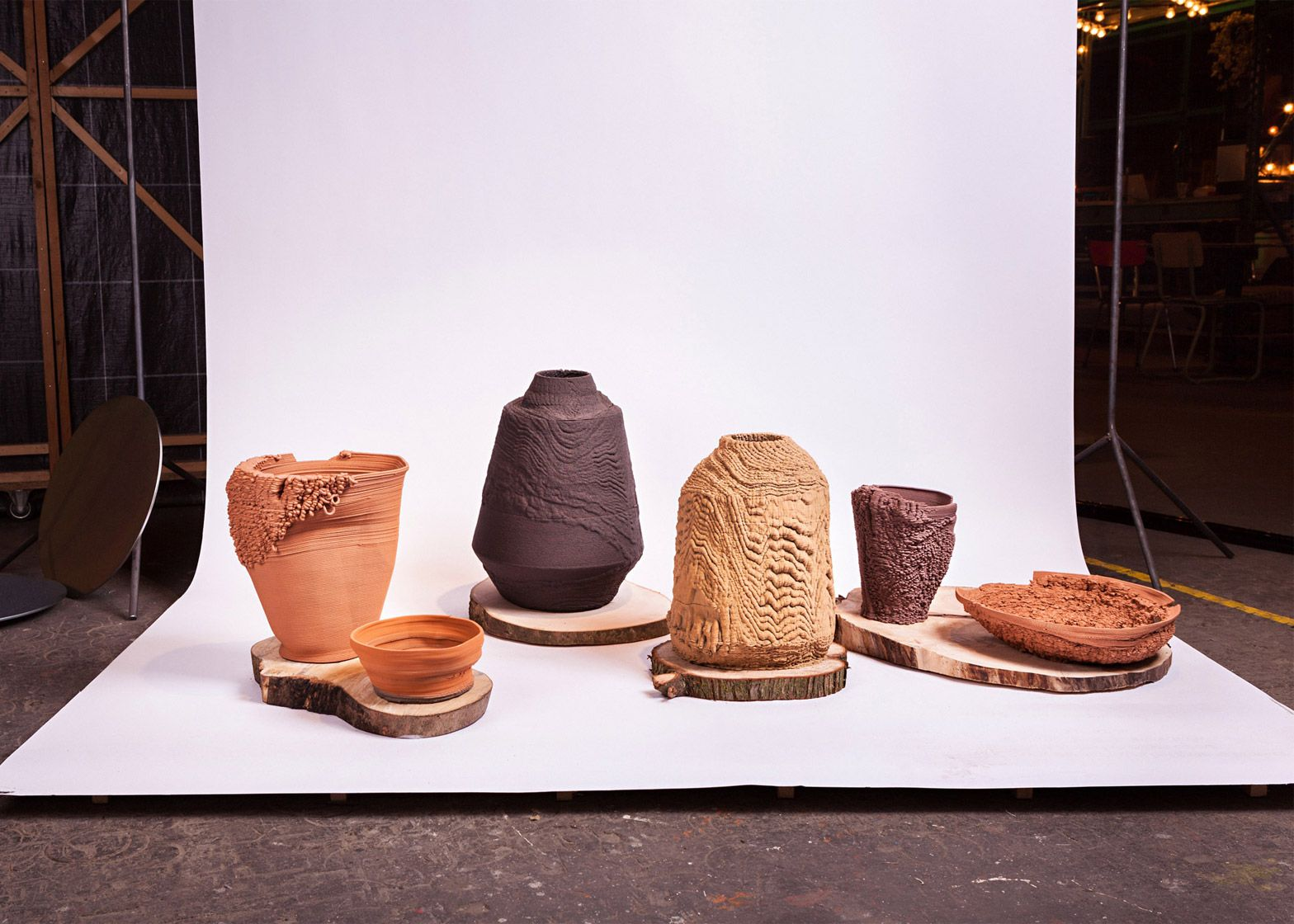 Aptive Manufacturing 2014 by Sander Wassink and Olivier van Herpt, for Van Abbemuseum's Thing Nothing exhibition.