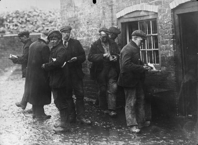 1912, grève des mineurs en Angleterre | Photographie de presse : Agence Rol