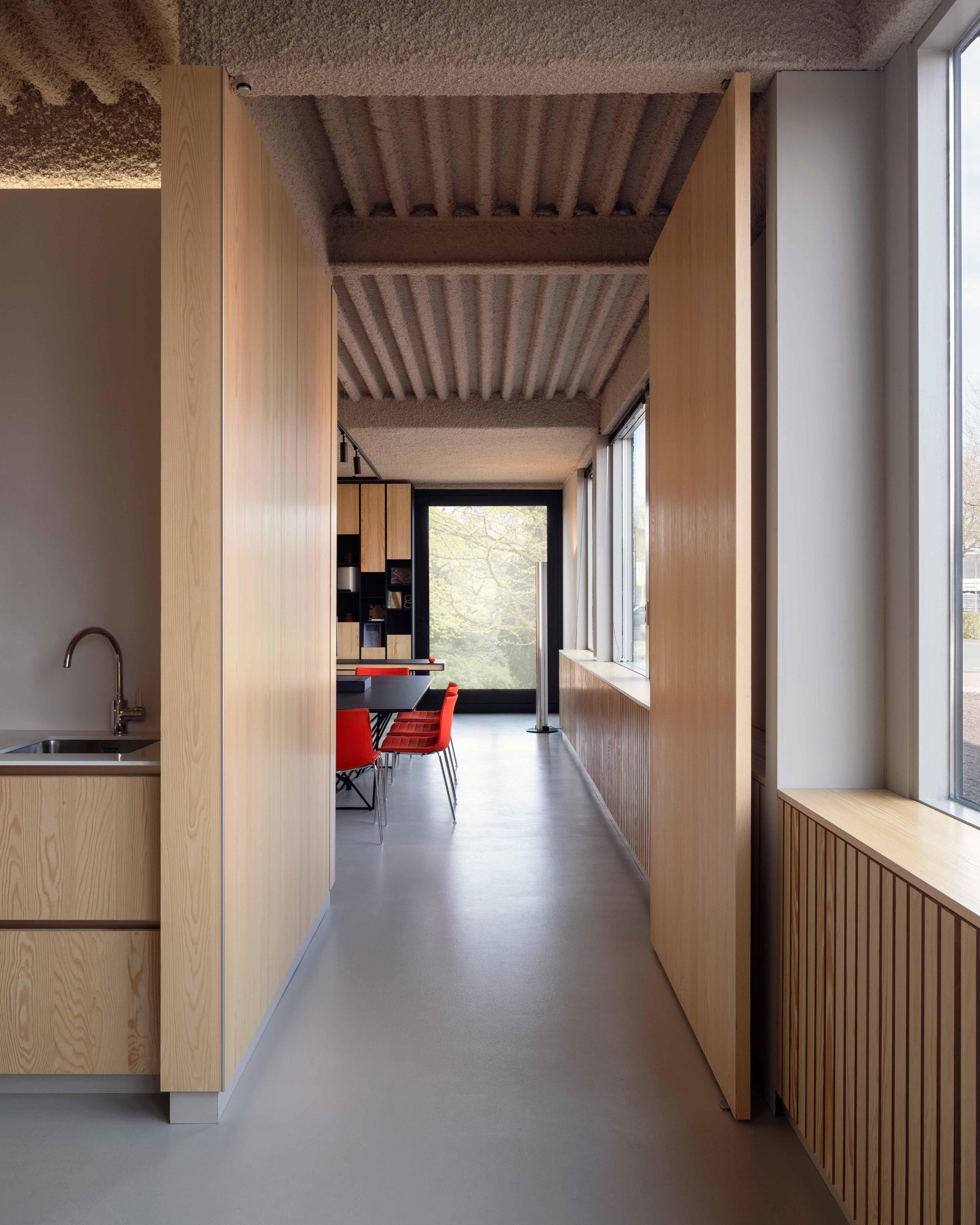 Wooden pivot doors - Invisible pivot hinges by FritsJurgens