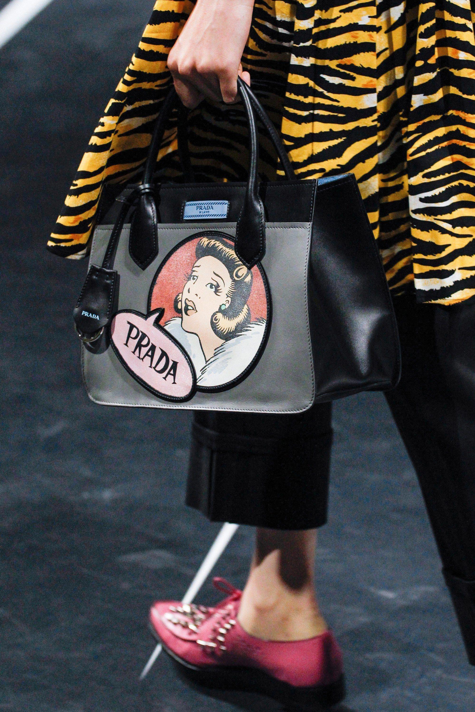 cf329d9c651d Prada Spring 2018 Ready-to-Wear Accessories Photos - Vogue  Pradahandbags