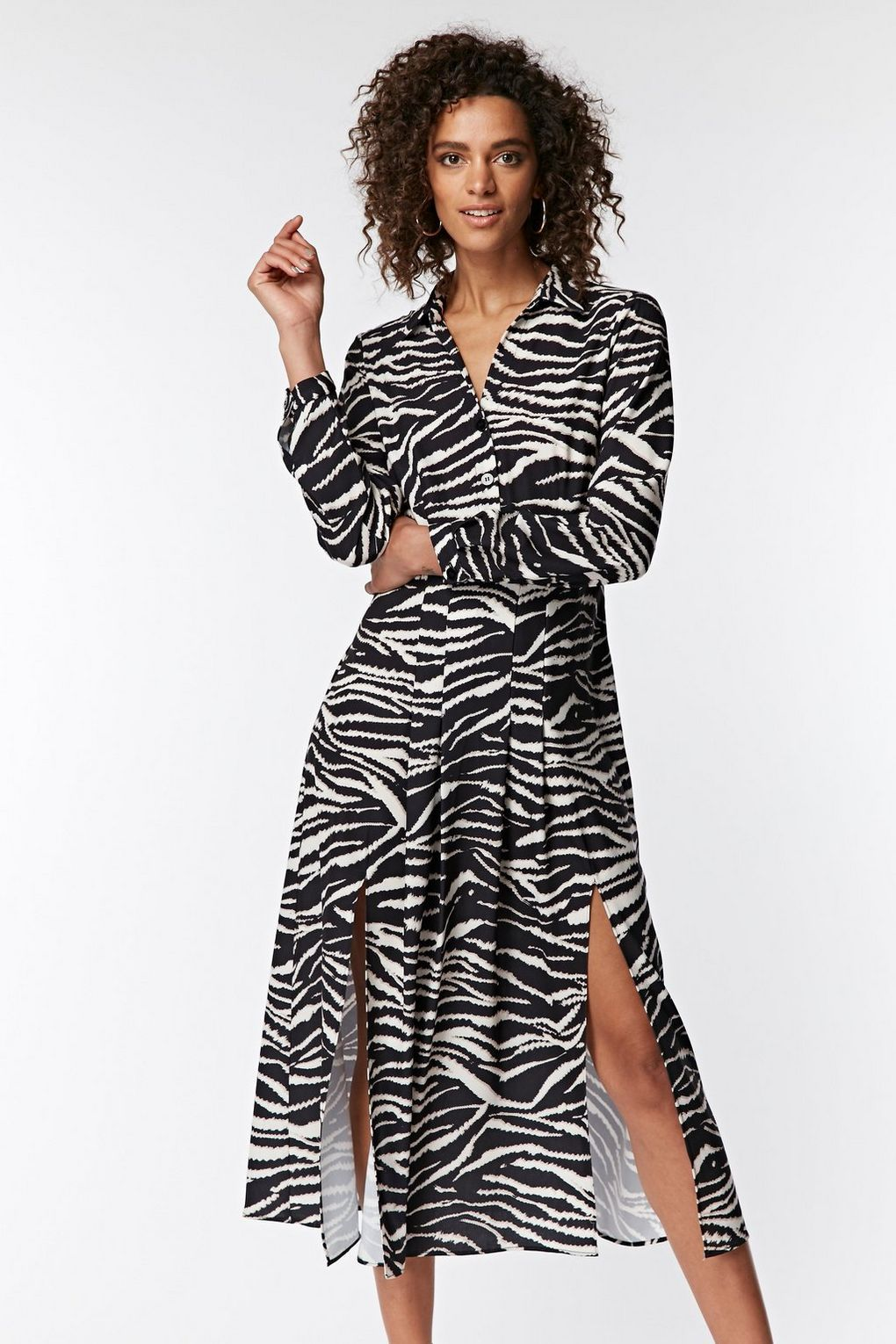 879b3ab72d74 Shirt Dress · Black And White · Tights · Model wears size 10 and is 5'7