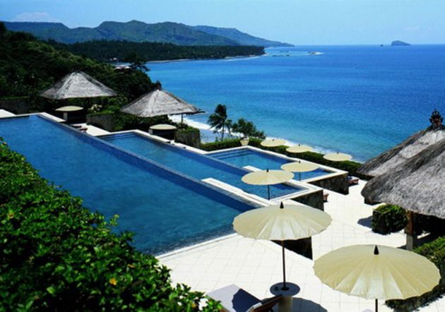 Bali luxury honeymoon package aman resorts amankila for Luxury places to stay in bali