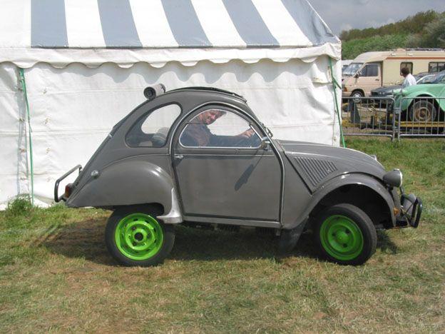 The Fantastic Citroen 2cv Mehari Pages Car Humor Strange Cars Citroen