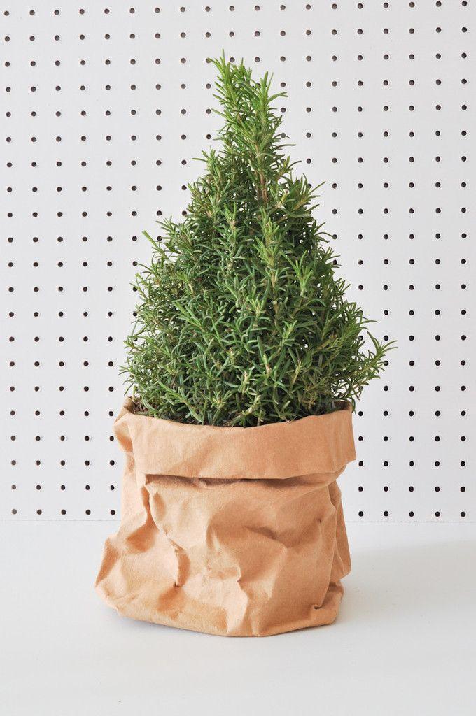 Uashmama Paper Bag by KOROMIKO // Holiday inspiration // handmade in Italy