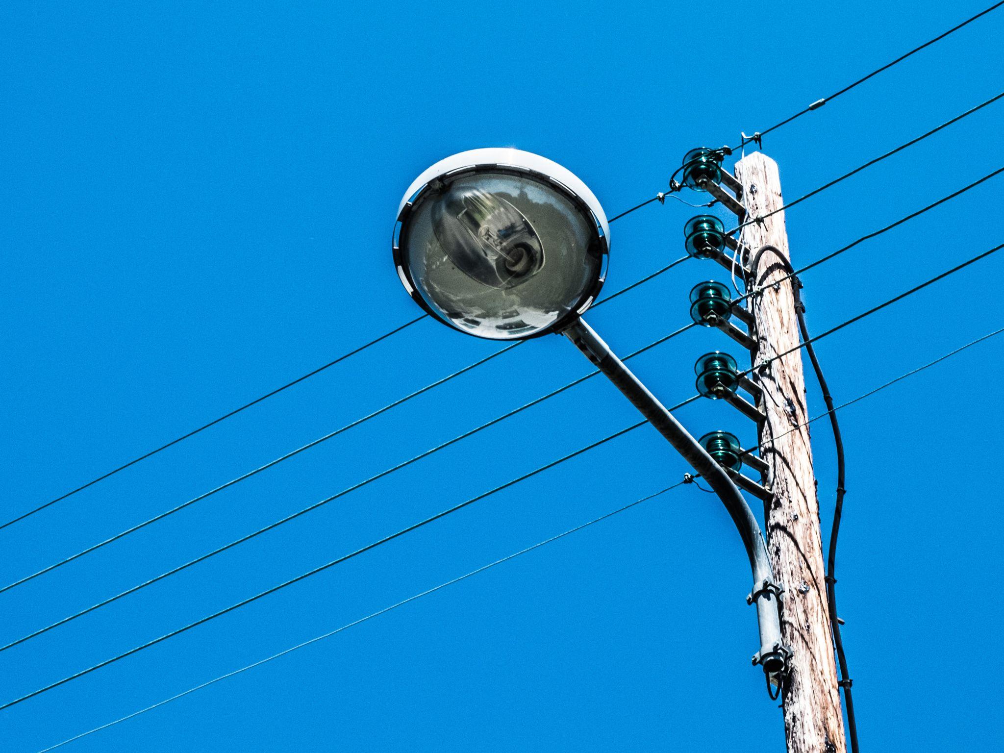 Street Lamp by Romain_SARTORIO on 500px