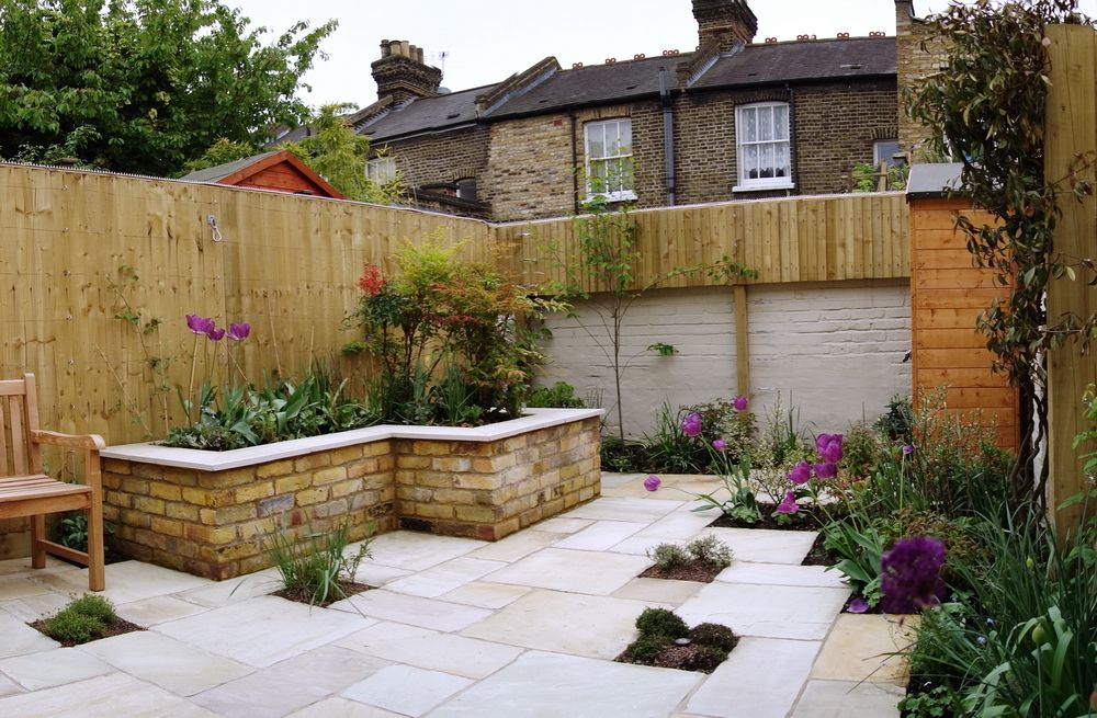 Small garden ideas were required to answer the client's ...