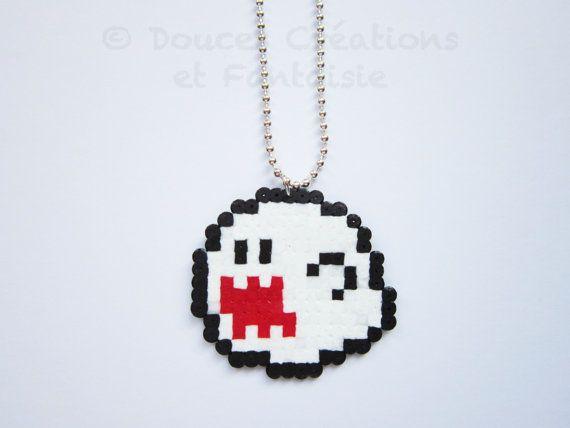 description: original necklace pendant composed of a ghost boo