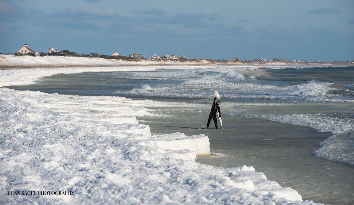 Diehard winter surfer