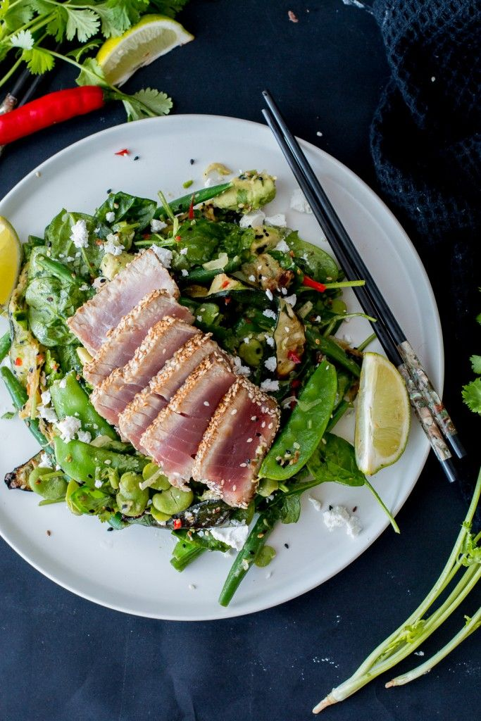 Green summer sesame lime salad with seared tuna