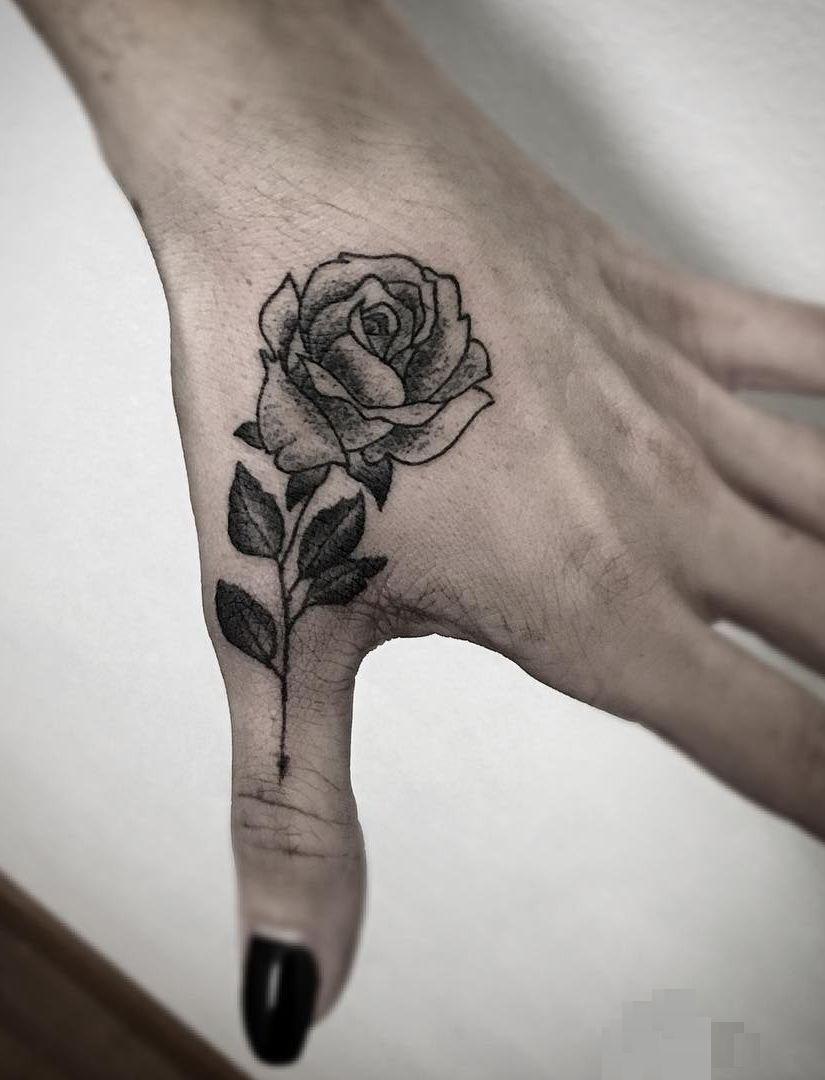 Awesome Rose Tattoo C Tattoo Artist Giulia Angeli Rose Tattoo Design Rose Tattoo Tatoo Rose