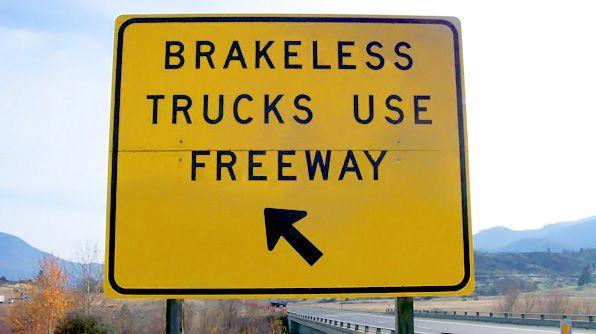 World's Wackiest Road Signs - Photo 10