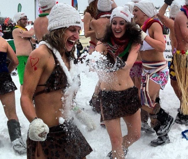 Quebec WInter Carnival #Snow Bath by  Christina Pfeiffer on traveltherenext.com