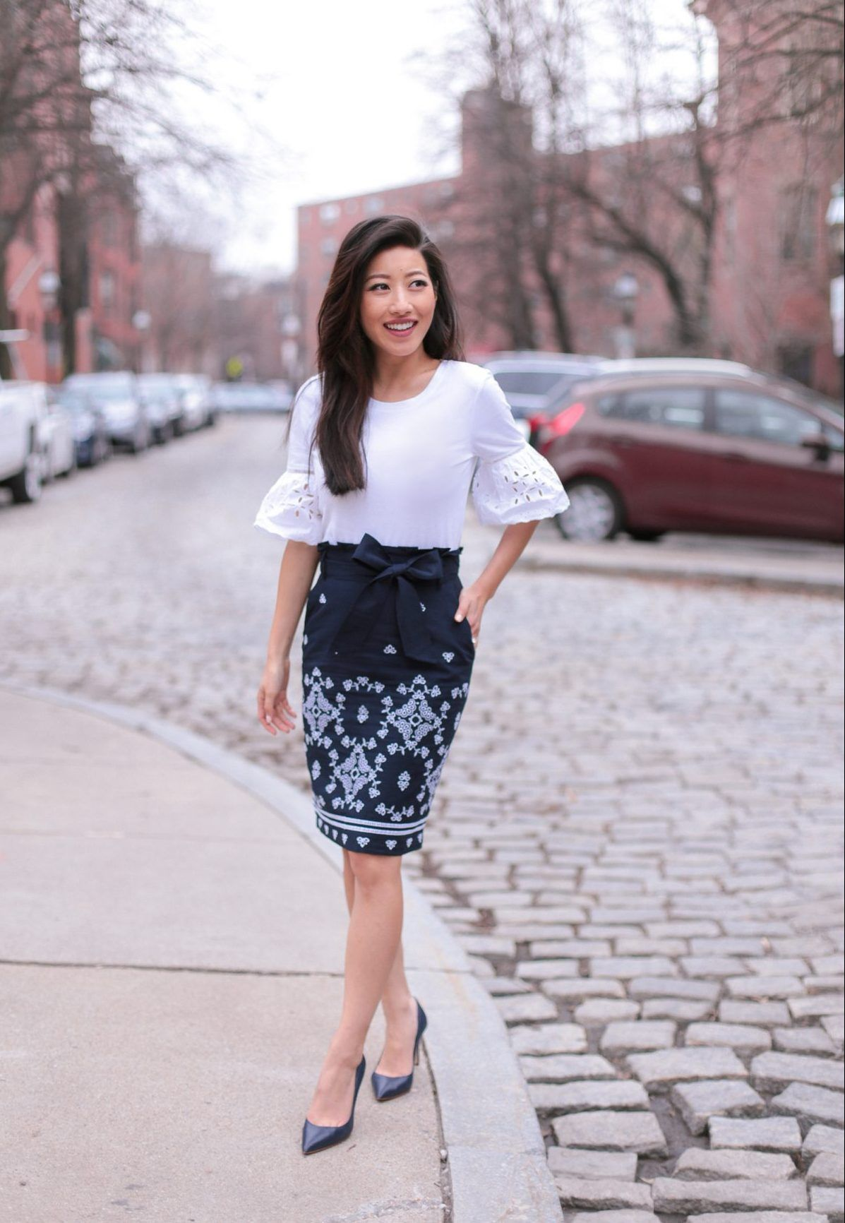 87bae16a42 cute work outfit ideas for spring by extra petite fashion blog