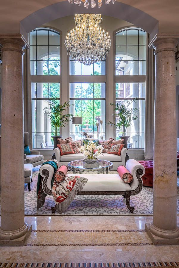 Luxury Living Room Room Design: What Would Blair Waldorf Do?