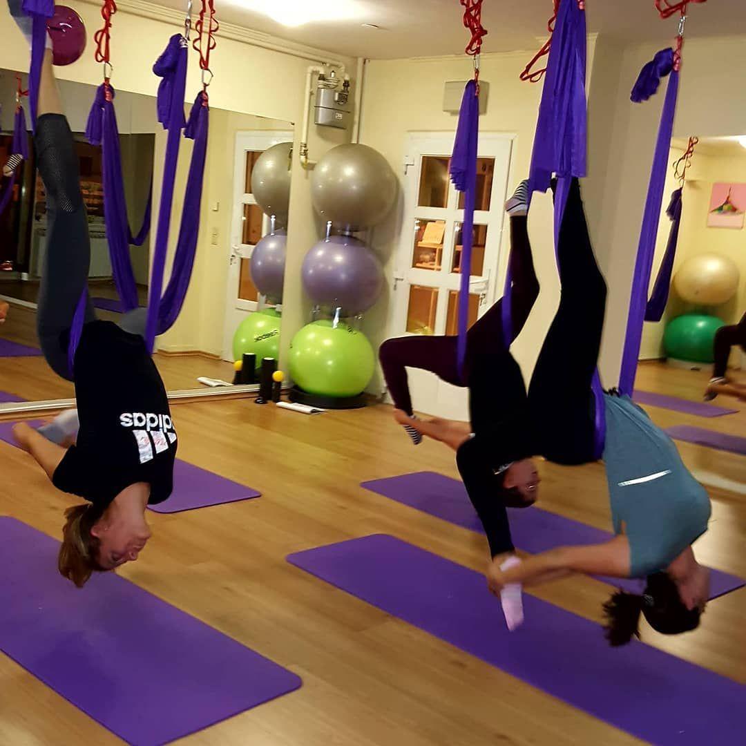 Sisters Rules Chandallier Antigravity Fitness Vampire Aerialyoga Vjezbajmozajedno Flyhigh Antigravityham Sist Yoga Everyday Daily Yoga Aerial Yoga