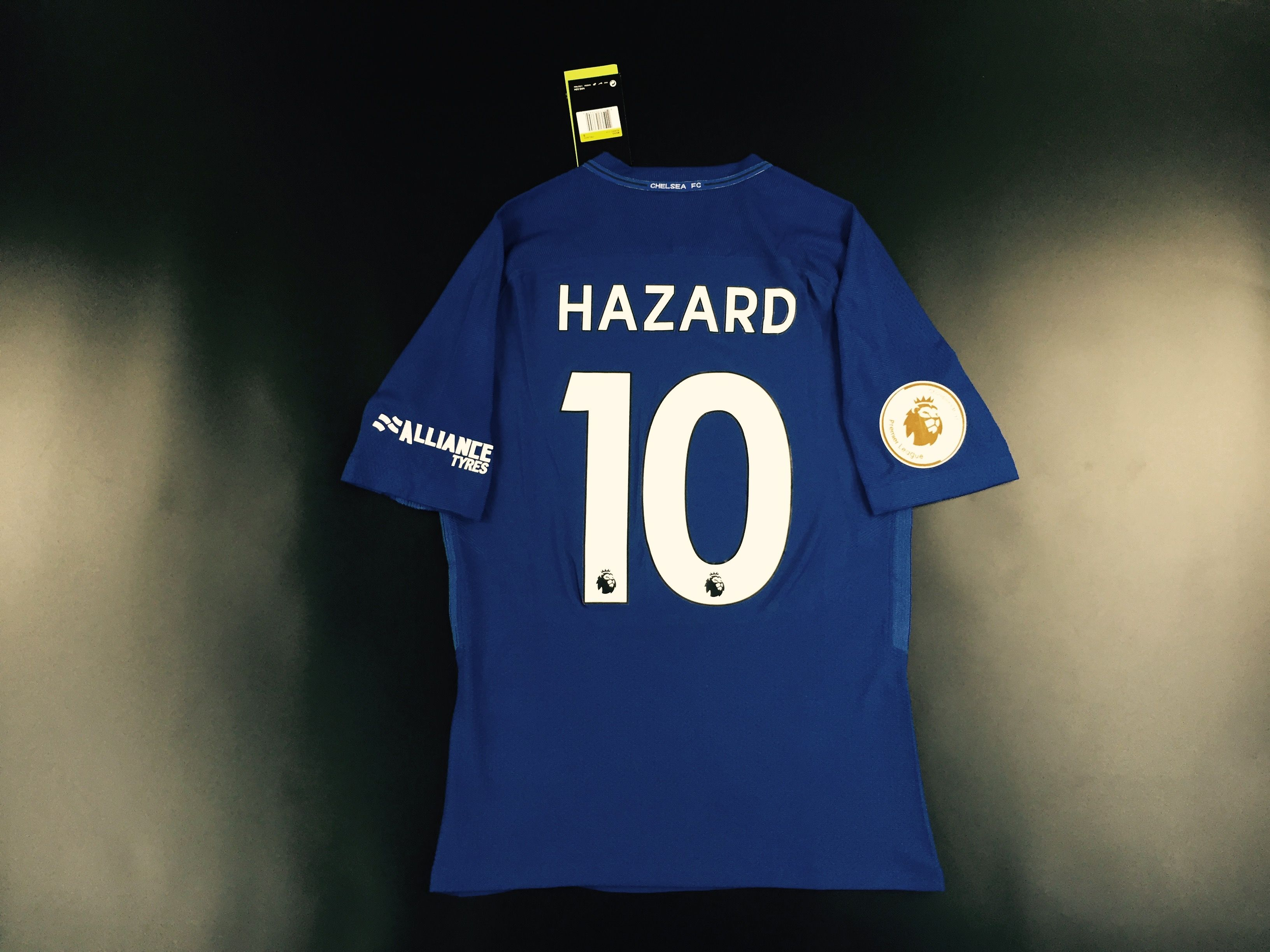 Chelsea Home soccer jersey  10 hazard with patch 1e7c58746