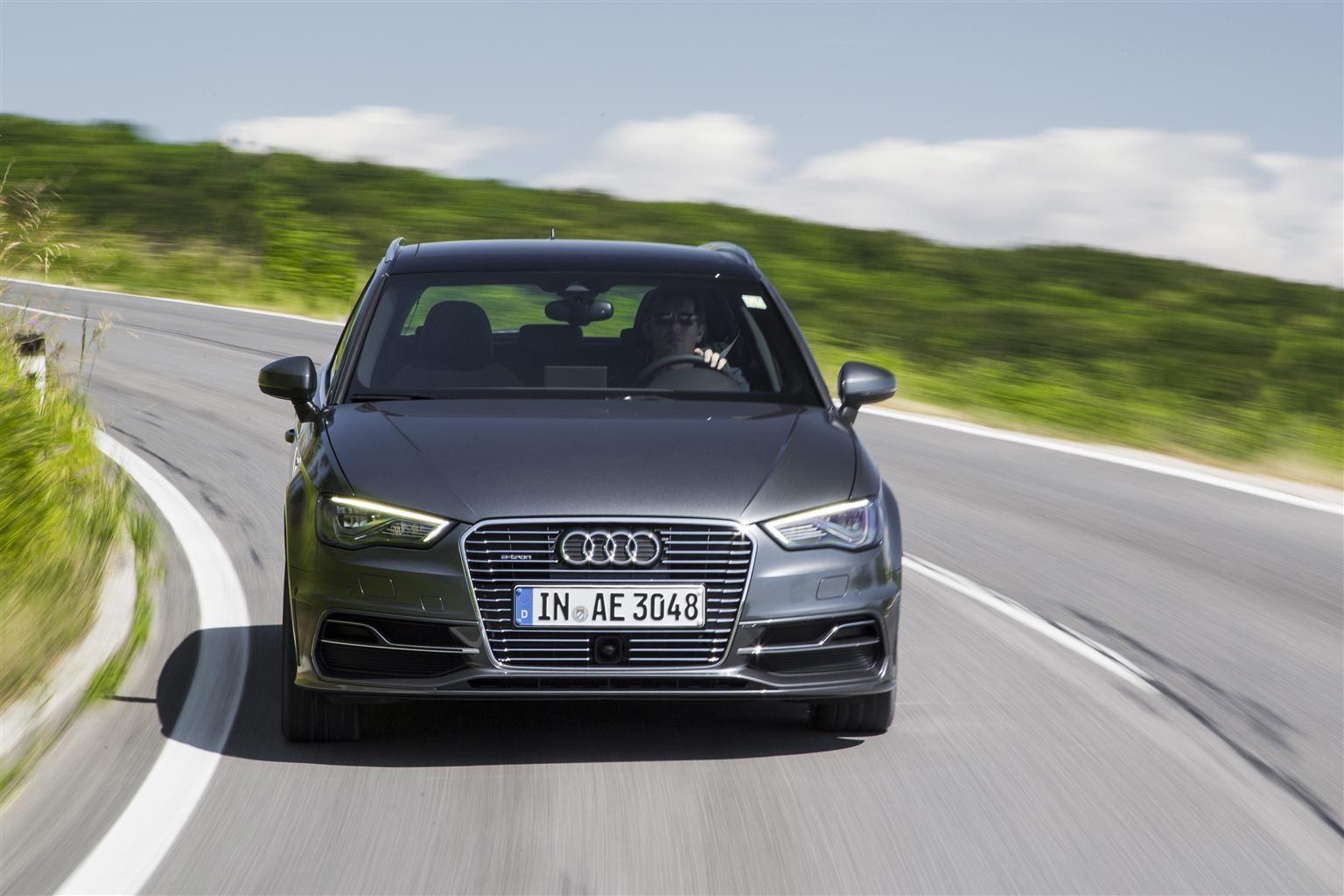 Audi A3 Sportback etron La mobilità del domani Audi a3