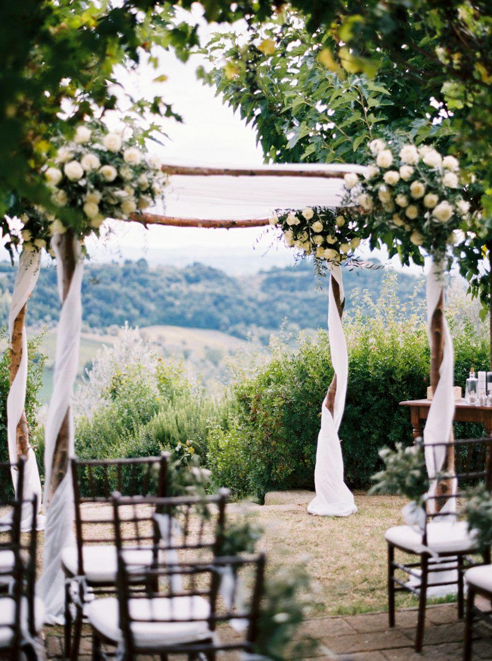 Classic Tuscan Villa Wedding in 2020 | Tuscan wedding ...