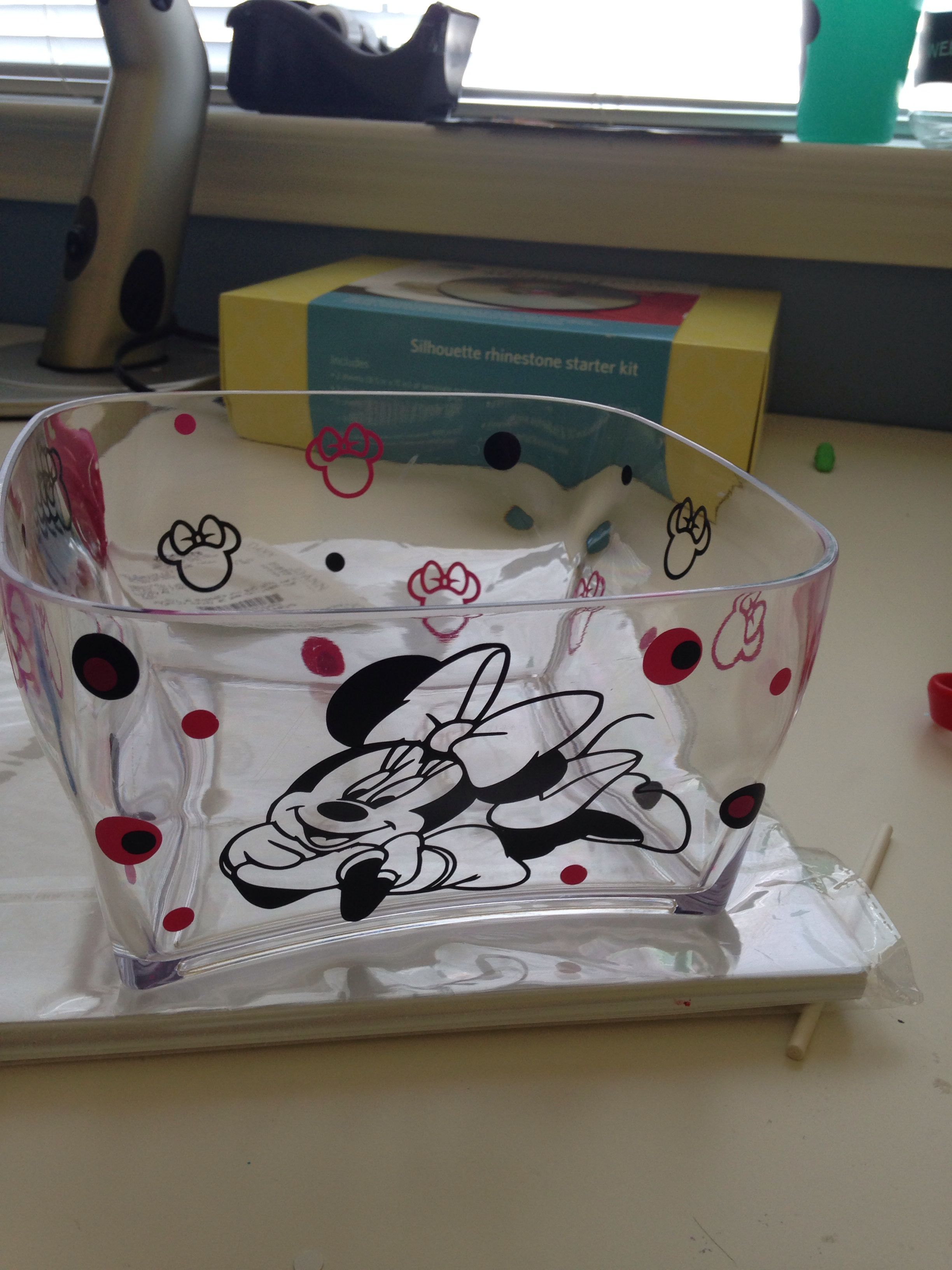Minnie Mouse Vinyl Cut Silhouette Projects Ideas