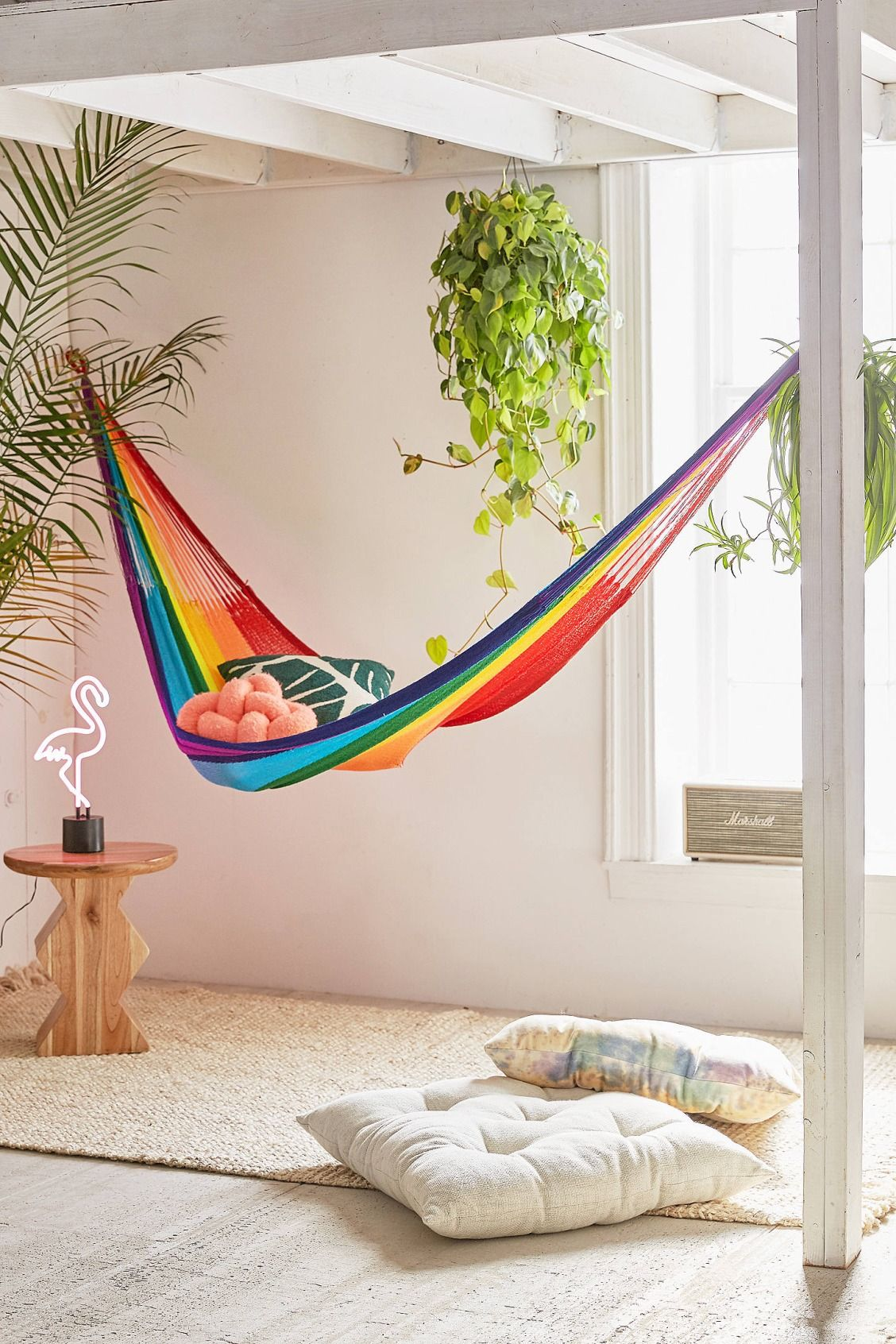 Slide view yellow leaf rainbow double hammock living room