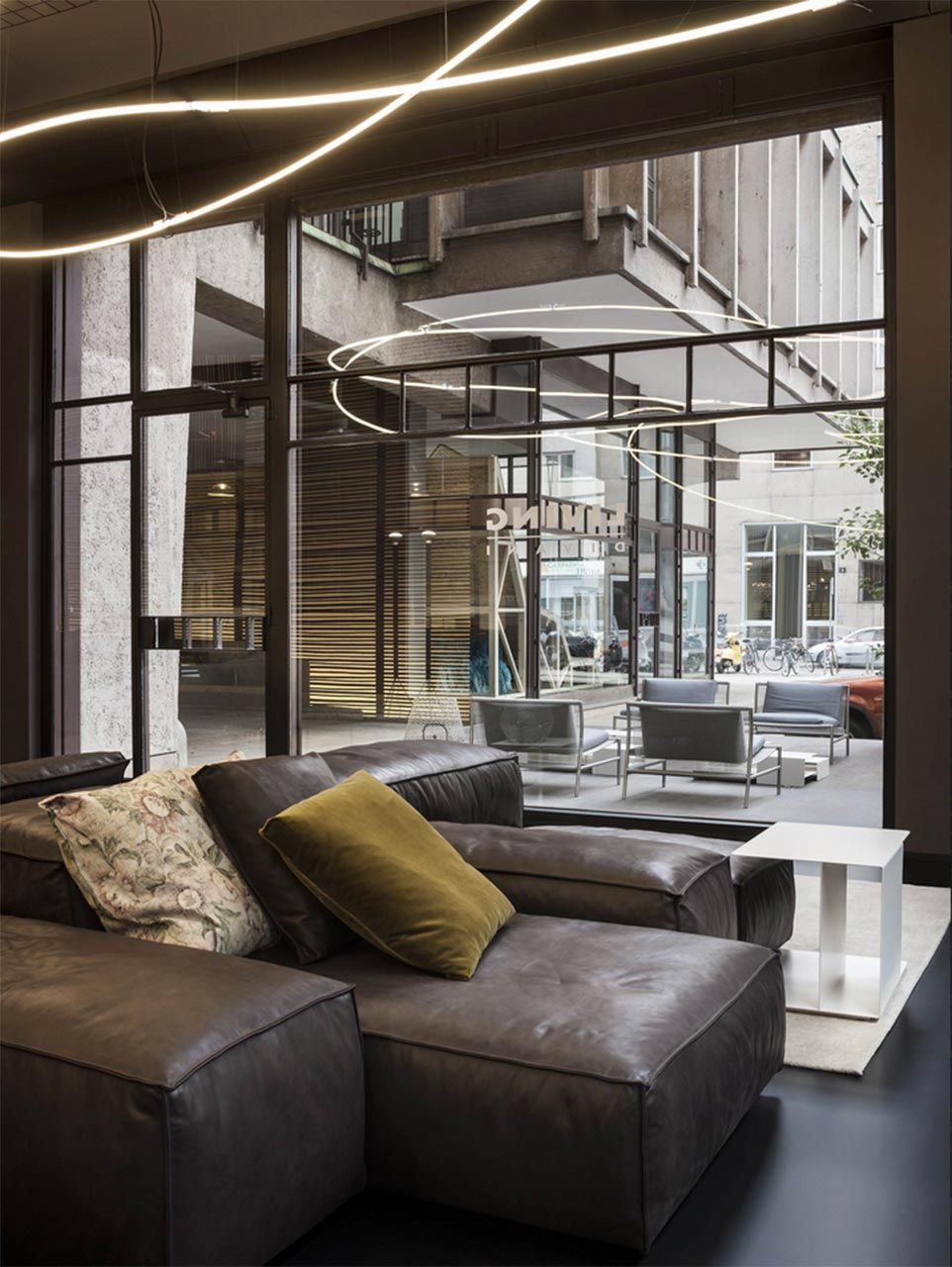 A Spectacular Location Right In The Center Of Milan Living Divany Has Just Opened Its New Pop Up On First Floor Torre Velasca
