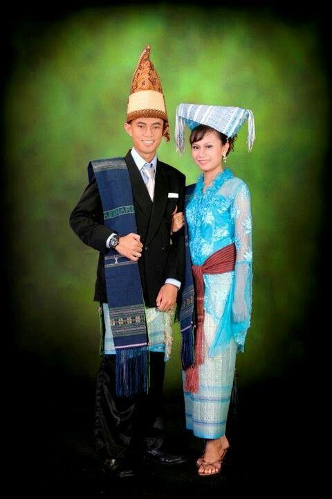 Nama Baju Adat Kalimantan