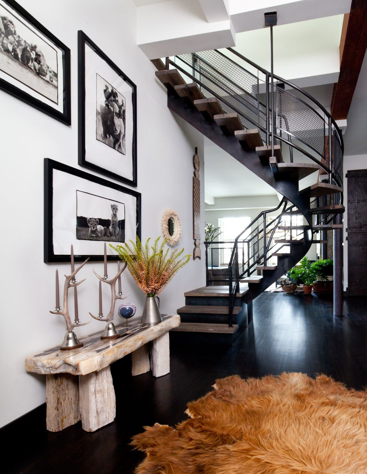 A New York Entry With An Airy Spiral Form Staircase